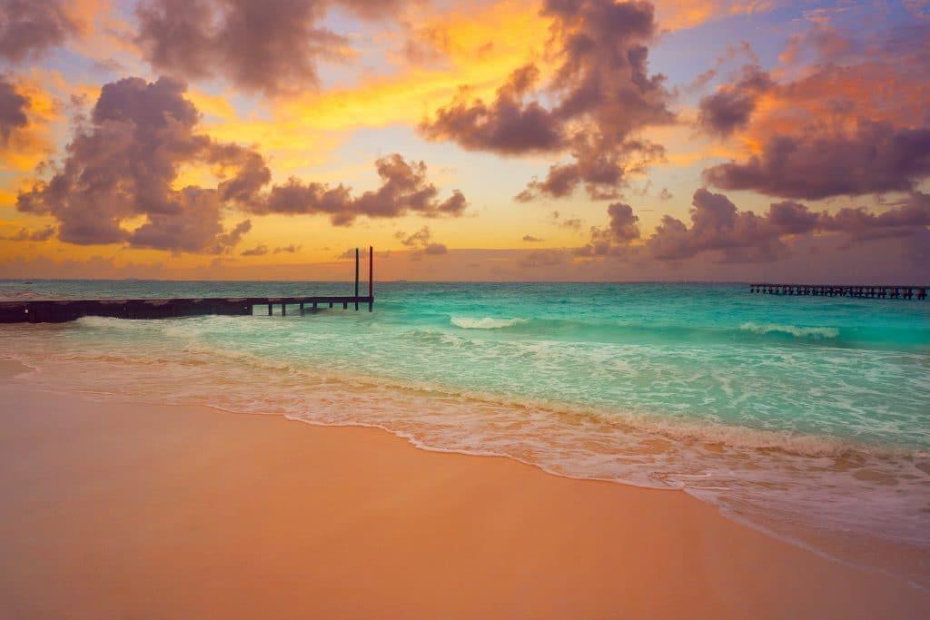 Cancun Caracol beach sunset in Mexico at Hotel zone hotelera